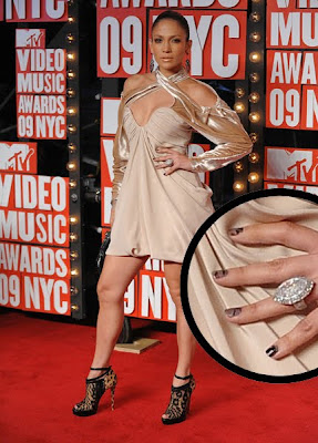 Jennifer Lopez lace nails MTV Video Music Awards Lace Nails   The Next Big Nail Trend?