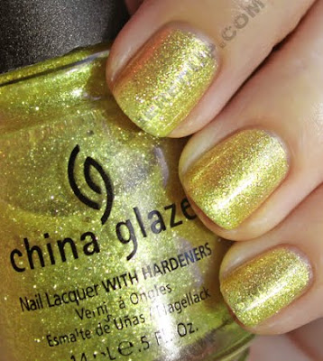 china glaze 5 golden rings i love you snow much holiday 2009 sun China Glaze Loves You Snow Much Holiday Swatches & Review