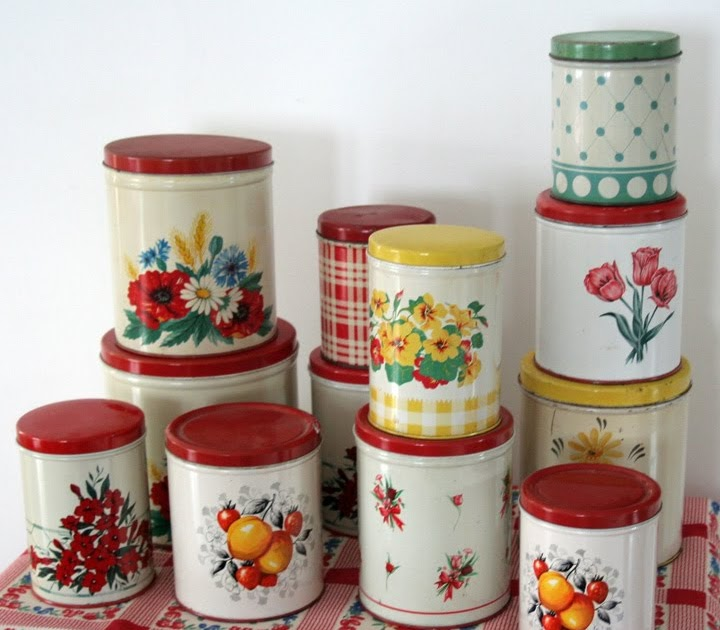 i love collecting tin kitchen canisters