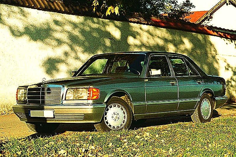 [W126 380SEL800px-Mercedes-Benz_500_SE,_1987.jpg]