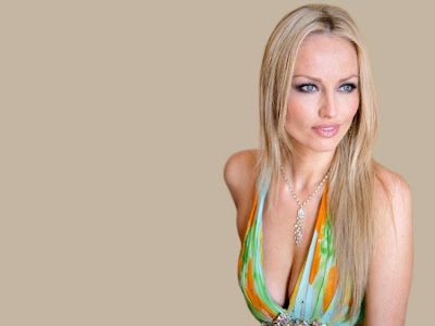 Adriana Sklenarikova Height Cm pic