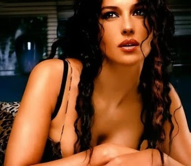 Hollywood Actress Unseen Hot Wallpapers
