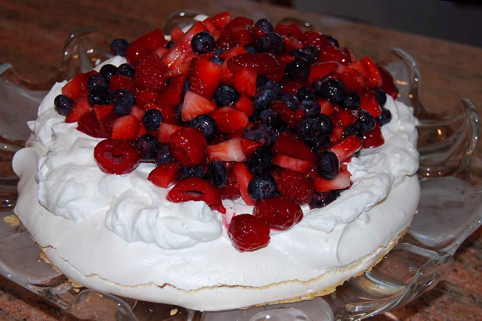 carolynn's recipe box: Pavlova