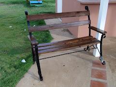 sillas y bancas