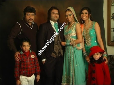 Nida Yasir Family http://starscouples.blogspot.com/2009/07/rambos-sons-and-wife-sahiba-mehreen.html