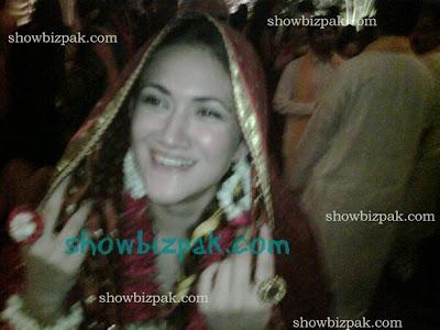 Ali Zafar wife Mehndi