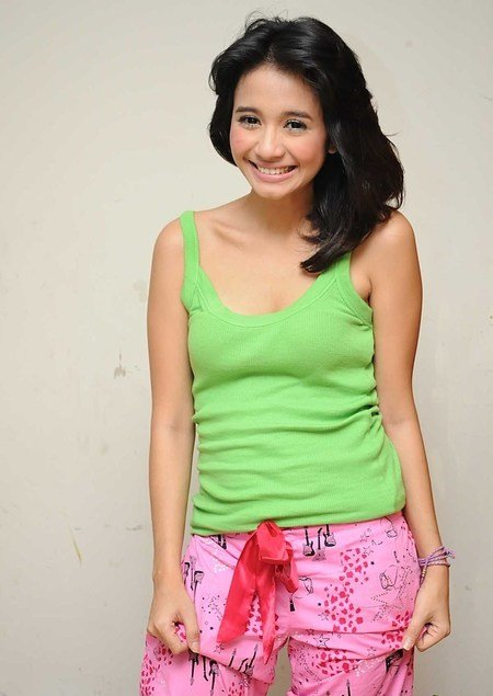 Laudya Chintya Bella, Green Dress
