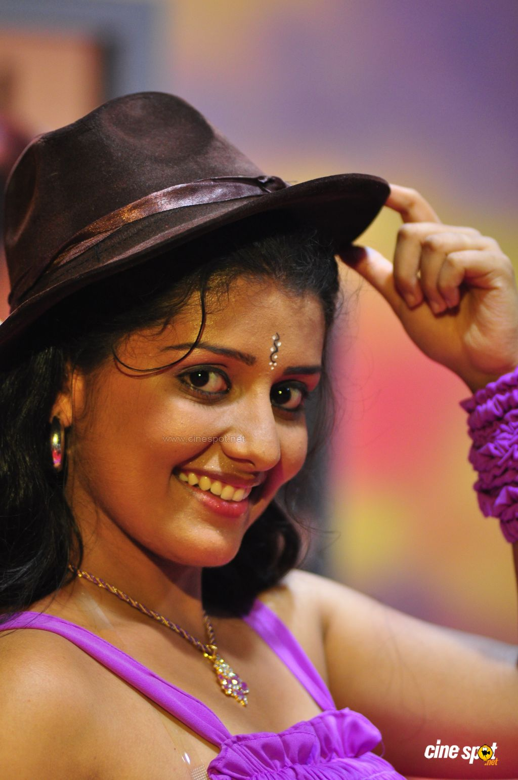 Kappal+Muthalali+Actress+New+Photos.jpg