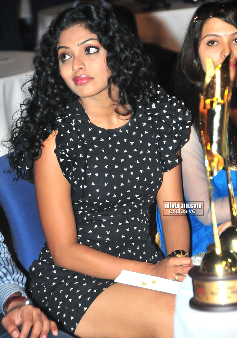 Rima Kallingal Hot Thigh Show