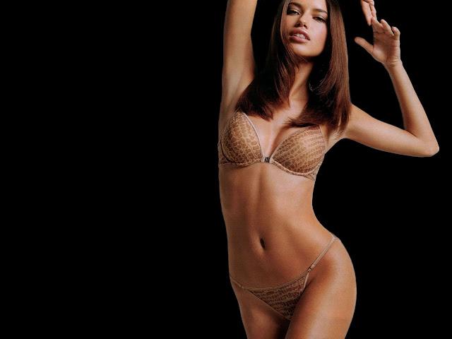 Hot Bikini Adriana Lima
