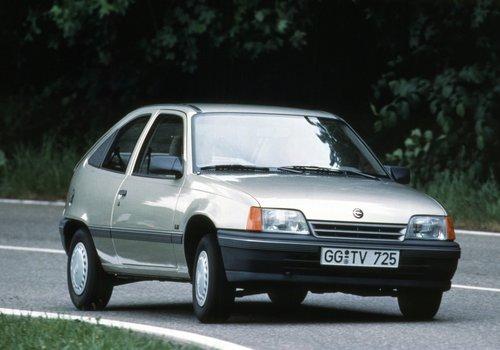 Opel Kadett E / Daewoo LeMans / Vauxhall Astra MkII