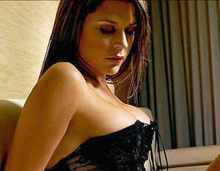 Hot Danielle Bux