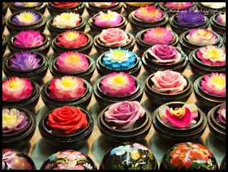http://3.bp.blogspot.com/_8M4A38LyBBs/TI4bz-THmgI/AAAAAAAAeU8/7sFQATBWl3o/s1600/Beautiful+Soap+Flowers+4.jpg