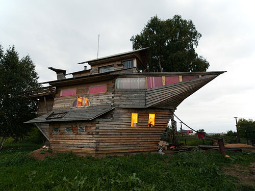 Vancouver Island Boat House For Sale
