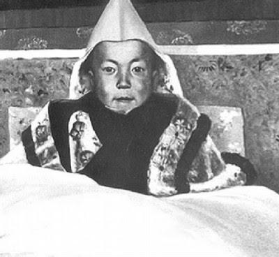 Tenzin Gyatso - O Dalai Lama, menino...