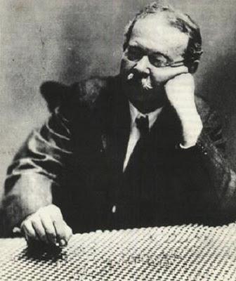 Charles Fort, precursor do realismo fantástico