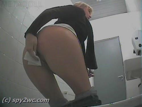 skritie-kameri-v-tualetah-ptu