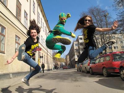 Kicken Andersson hoppar högt