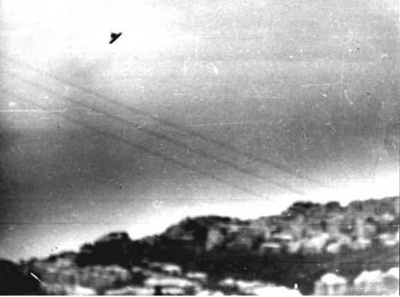 [UFO-October31-1973-Genoa-Italy-ovni-Italia.jpg]