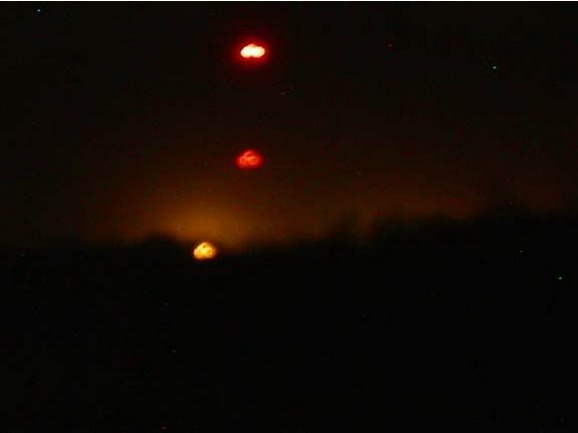 [UFO-October-8-2003-USA.jpg]