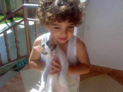 Blog Anhelo del Pasado. Nizar de 2 años es el hijo pequeño de Maria Velasco