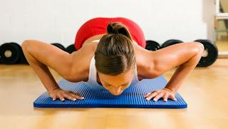 Фитнес тренировка за гърди