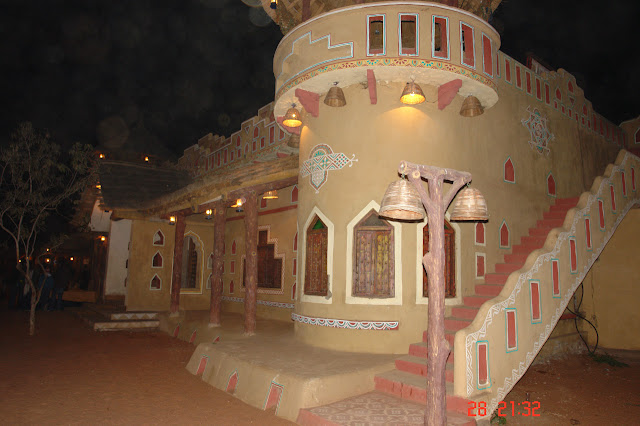 A small regal looking house near the front of Chokhi Dhani