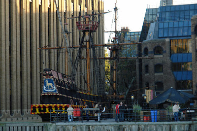 Golden Hinde: reproduction of Sir Francis Drake's ship
