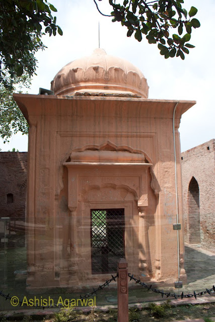 Temple like structure in the middle of the Jallianwala Bagh memorial in Amritsar