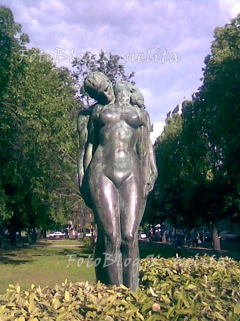 Estatua de los enamorados