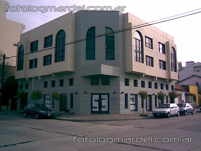 edificio en calle catamarca