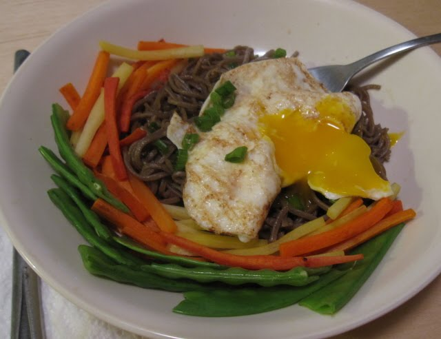 City Satiety: Sesame-Garlic Soba Noodles with Fried Egg