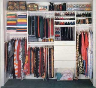 Una apariencia c mo organizar el armario - Organizar armarios empotrados ...