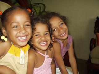 Sonrisas infantiles manzanilleras