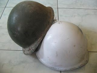 helm baja / helm perang