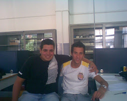 Questi siamo io e E il mio compagno Domenico nel laboratorio di elettronica..........
