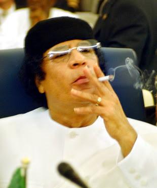 http://3.bp.blogspot.com/_8Xs4iUAnwLg/Rz9bU3tmAsI/AAAAAAAAAUo/Y1ozZ7zPr34/s400/Kadafi.jpg