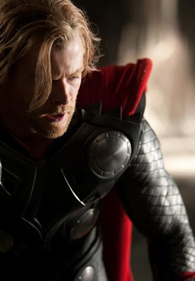 First Pic of Chris Hemsworth in Thor Costume