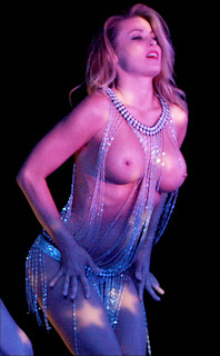 carmen electra topless