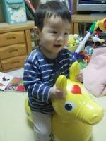 耐荷重200kg・対象年齢3歳以上のRody(ロディ)を乗りこなす息子の巻。