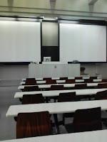 早稲田大学オープンキャンパス人間科学部説明会の教室の巻。