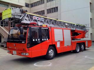 越谷市大沢地区総合防災訓練のはしご消防車