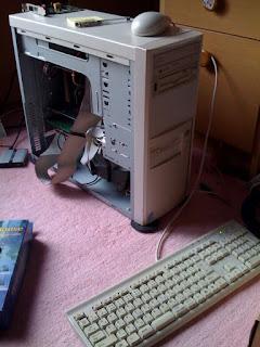嫁が昔使っていたマシンからデータを取り出す