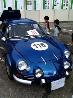 越谷市民まつりクラシックカー展示アルピーヌルノーA110VC