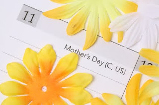 Invitations for a Mothers Day Brunch