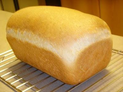 Домашний хлеб на основе миндального молока