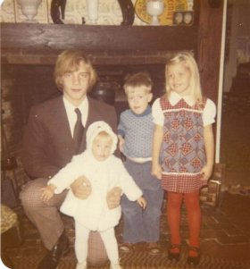 DeLoid Kids (Glen, Susan, John and Julie) 1973