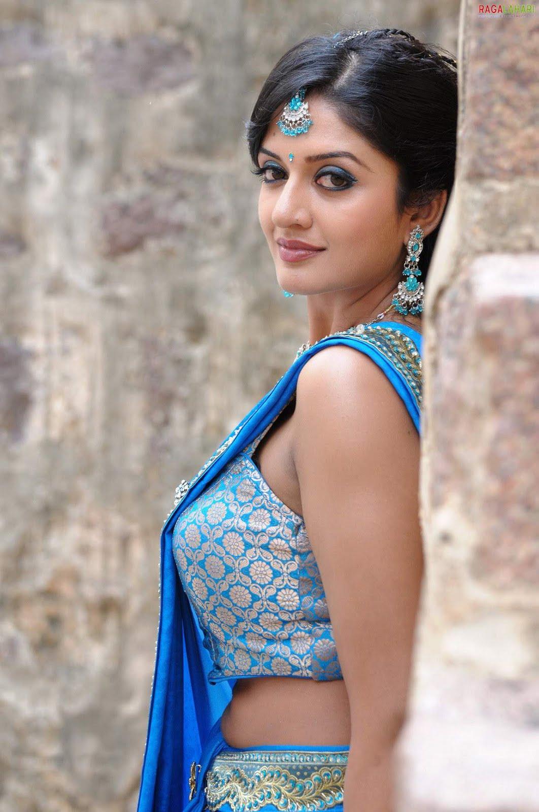 Vimala raman masala photo shoot in designer blue sari thecheapjerseys Images