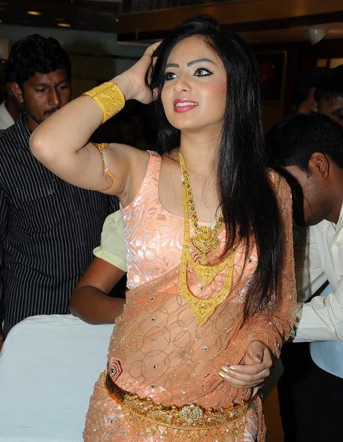[Image: Hot-tolywood-actress-Nikeesha-patel-Armp....com_3.jpg]