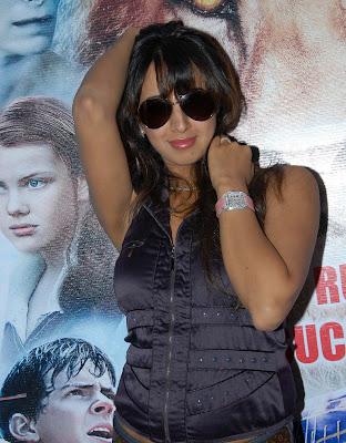 Actress Sanjana Hot HQ Photos Gallery